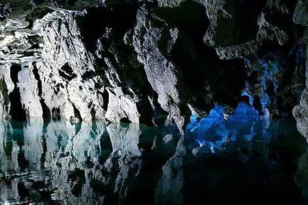 غار عليصدر,غار علیصدر در همدان,عکس غار علیصدر