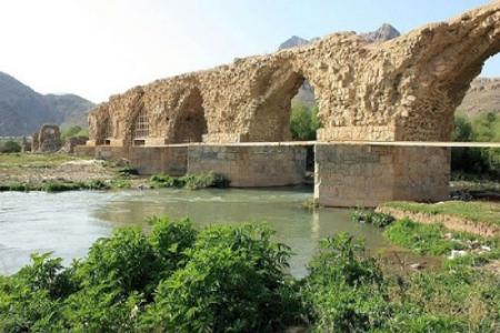 آثار تاریخی لرستان,پل آجری در استان لرستان,مکانهای دیدنی لرستان