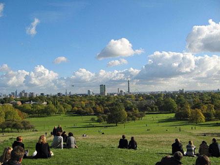 مکانهای تفریحی لندن,کافه روف گاردن,تپه پریم رز