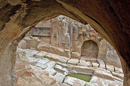 بنای تاریخی معبد داش کَسن,معبد داش کَسن در زنجان