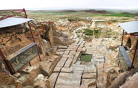 معبد داش کَسن,بنای تاریخی معبد داش کَسن