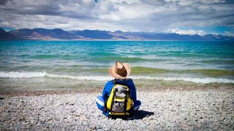 تصاویری از زیباترین دریاچه های چین