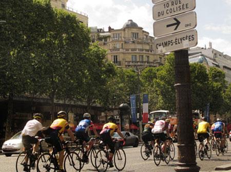 خیابان معروف شانزلیزه،فرانسه،جاذبه های گردشگری فرانسه