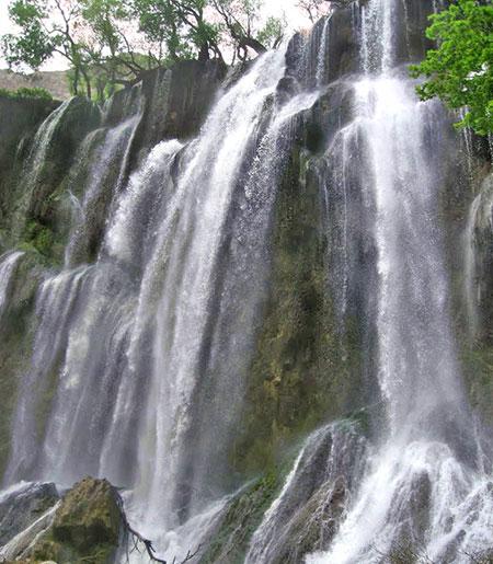 تصاویر آبشار زرد لیمه