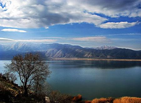 دیدنی ترین دریاچه های ایران,زیباترین دریاچه های ایران