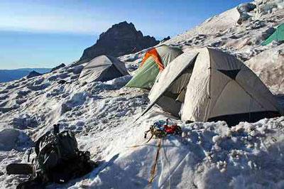 روش کمپ زدن,چادر زدن,چادر زدن در مسافرت