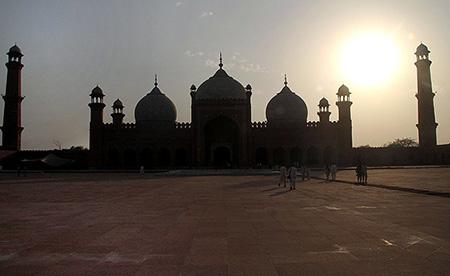 مسجد پادشاهی,مسجد پادشاهی پاکستان