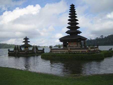 جاذبه های توریستی جزیره بالی