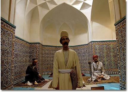 بازار زیبای کرمان - عصر دانش