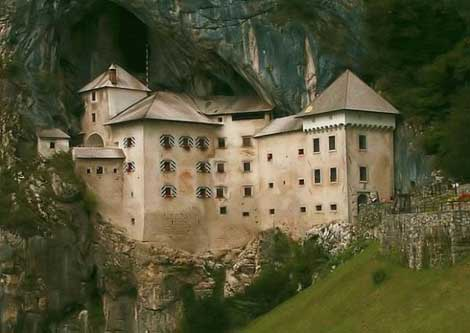 15 قلعه و کاخ حیرت آور در جهان!! (+عکس)