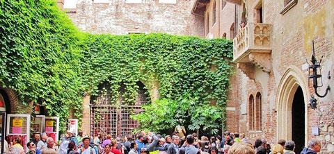 خانه ژولیت,معروف ترین بالکن جهان,سفر به ورونا