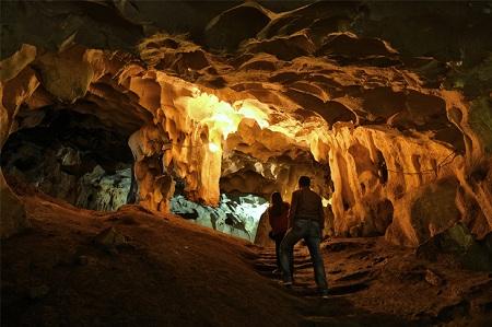 آثار تاریخی یافت شده از غار کارائین, زمان برای بازدید از غار کارائین, غار کارائین در آنتالیا