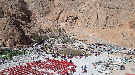 چشمه لادر,چشمه لادر خمینی شهر,تصاویر چشمه لادر