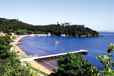 دریاچه وان,مهمترین جاذبه گردشگری وان,بزرگترین دریاچه ترکیه