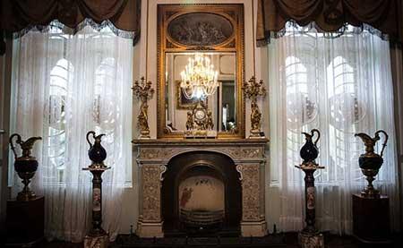 [تصویر:  marble-palace-05.jpg]