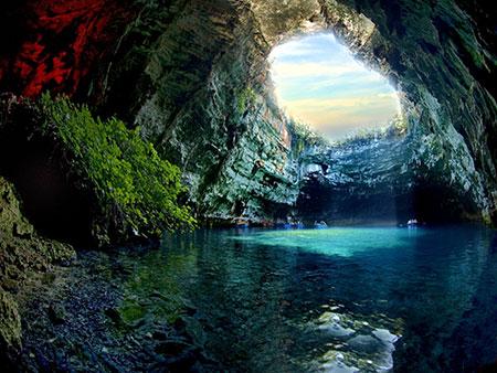 یونان,غار ملیسانی,شهر ارواح گاوروس