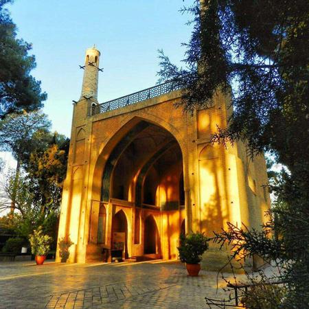 منار جنبان اصفهان