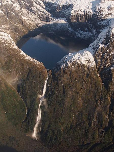 آبشار ساترلاند,عکس آبشار ساترلاند,آبشار ساترلاند در نیوزلند