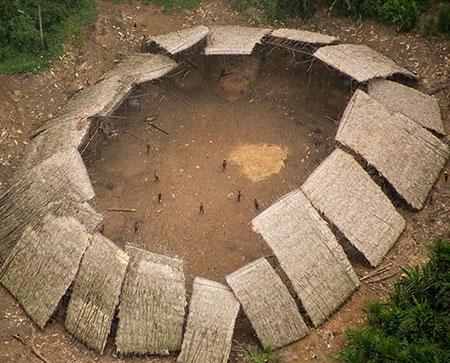 جزیره سنتینل,جزیره سنتینل در هندوستان,جزیره نورث سنتینل شمالی
