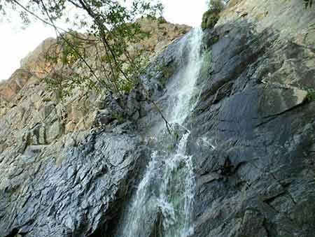 مکان دیدنی ایران در زمستان,جاهای دیدنی ایران در زمستان,آبشار پریشان