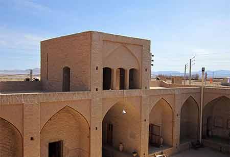 مکان دیدنی ایران در زمستان,جاهای دیدنی ایران در زمستان,رباط نوسریزد