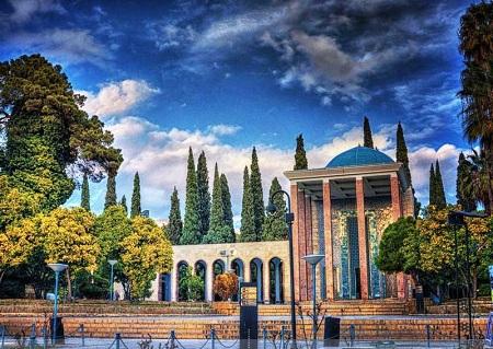 اماکن مذهبی شیراز, جاذبه های زیارتی شیراز, مهمترین مرکز زیارتی شیراز