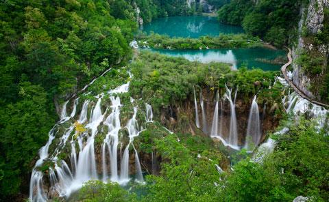 دریاچههای پلیتویک,پارک ملی دریاچههای پلیتویک،زیباترین جاذبه های گردشگری جهان