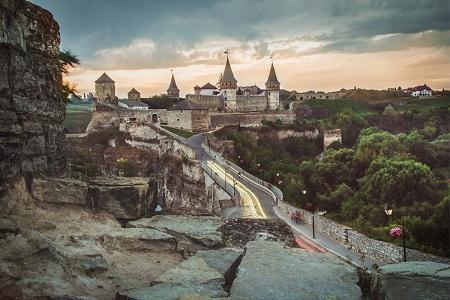 جاذبه های گردشگری اوکراین, جاهای دیدنی اوکراین, هفت عجایب کشور اوکراین