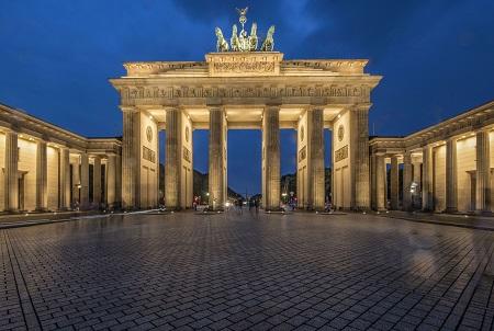 جاذبه های گردشگری برلین,تصاویر جاذبه های دیدنی برلین,دروازه براندنبورگ