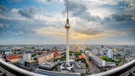 مکان های دیدنی برلین,دیدنی های برلین,برج تلویزیون برلین