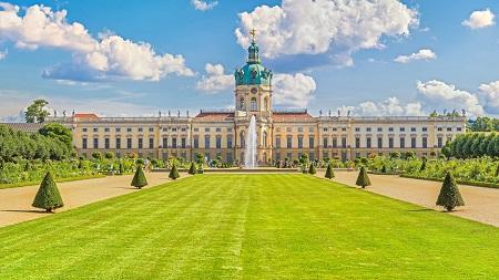 تصاویر جاهای دیدنی برلین,عکس جاذبه های دیدنی برلین,کاخ شارلوتنبرگ