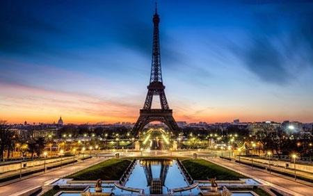مکان های تفریحی فرانسه,تور فرانسه,برج ایفل