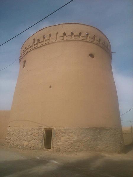 برج خواجه نعمت,دیوار خواجه نصیر,معماری برج خواجه نعمت
