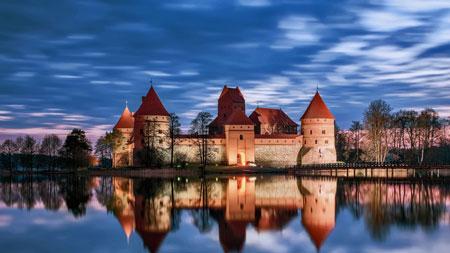 قلعه تراکای,کاخ تراکای,مکان های تاریخی جهان