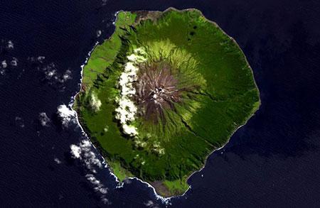 جزیره تریستان دا کونا,جزیره تریستان دا کونا کجاست,دورترین نقطه مسکونی در جهان