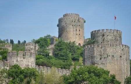 قلعه روملی حصار استانبول,قلعه روملی حصار از جاذبه های گردشگری ترکیه,مکانهای تاریخی ترکیه