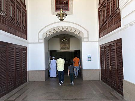 اتفاقات مهم در مسجد ذوقبلتین,عکس های مسجد القبلتین,زمان ساخت مسجد ذوقبلتین
