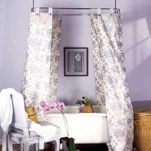 رنگ آرام دیوار دستشویی و حمام