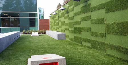 چمن مصنوعی دیواری,طرح هایی از چمن مصنوعی دیواری,مدل چمن مصنوعی دیواری