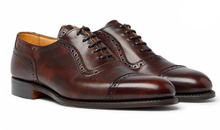راهنمای پوشیدن کفش قهوه ای,پوشیدن کفش قهوه ای با لباس مشکی
