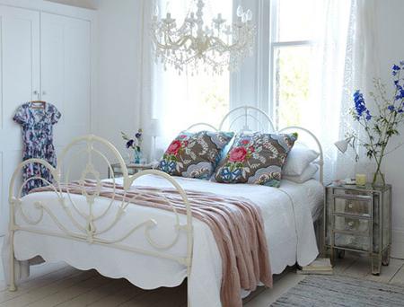 مناسب ترین نور برای اتاق خواب, تزیینات زیبای اتاق خواب