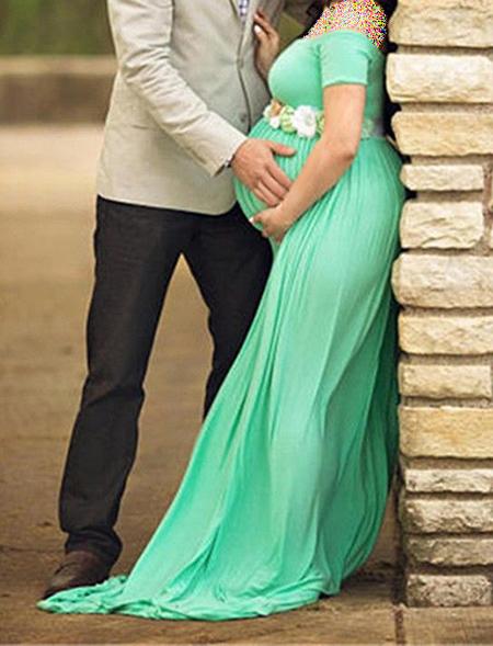 بهترین رنگ لباس بارداری, لباس بارداری گلدار