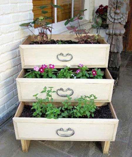 راهنمای ساخت گلخانه در بالکن,راهنمای چیدمان گل در بالکن