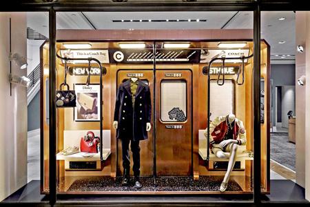 ايده هايي براي طراحي ويترين مغازه, چيدمان ويترين مغازه