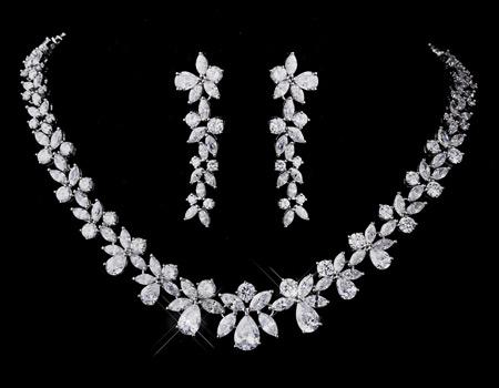 جديدترين مدل های سرويس طلا و جواهرات