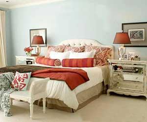 دکوراسیون یک اتاق خواب به شیوه مجلل و بسیار زیبا