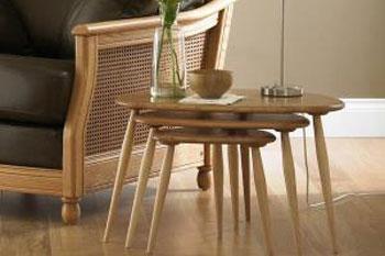 چیدمان انواع میز, نحوه چیدمان میز, نکاتی برای چیدمان انواع میز, طراحی و چیدمان میز, چیدمان میز تلفن, مدل میز تلفن, دکوراسیون میز آشپزخانه, تزیین میز جلو مبلی, چیدمان میز غذاخوری