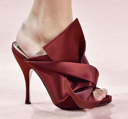 مدل کفش 2015, کفش به رنگ سال 2015