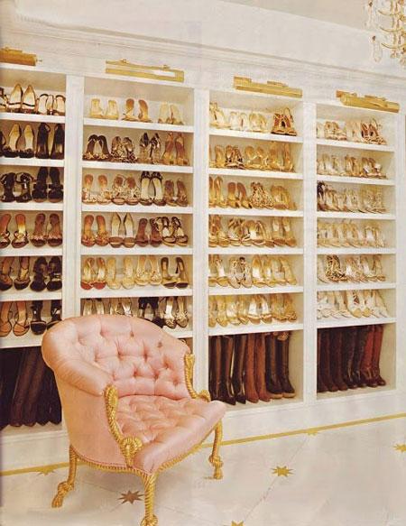 کمد لباسی ستاره ها,تعداد کفش و لباس های ستاره ها