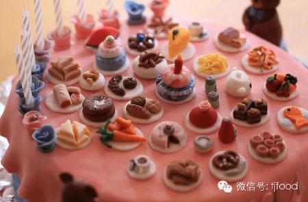 مدل کیک های عجیب,نحوه تزیین کیک تولد,طراحی عجیب کیک تولد